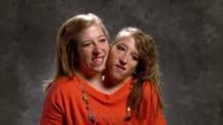 WatchStreem - Abby & Brittany