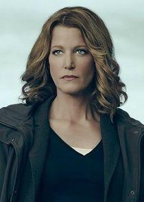 Detective Ellie Miller