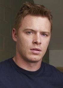 Diego Klattenhoff Photo