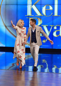 Live with Kelly & Ryan cover