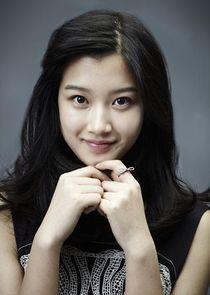 Ji Yun Hee