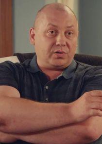 Сергеич, ФСБ-шник, приятель Ларисы