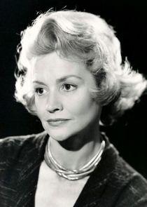Ursula Howells