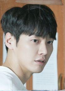 Ki Yoo Jin