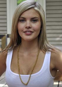 Vanessa Broze