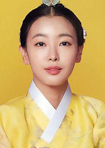 Kang Ji Hwa