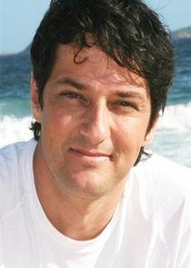 Daniel Avelar