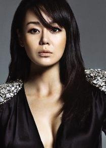 Yunjin Kim Photo
