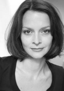Julie Cox