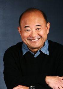 Clyde Kusatsu Photo