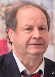Янис Робертович, директор круиза