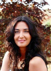 Ayşe Tolga
