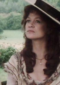 Caroline Penvenen