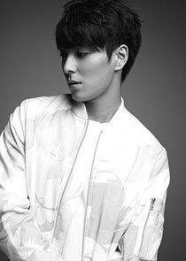 Park Shi Hyun