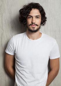 Gabriel Leone