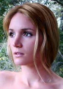 Lindsay Hanzl
