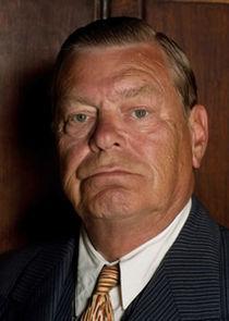 Warren Clarke