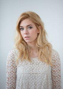 Vanessa Kirby Photo