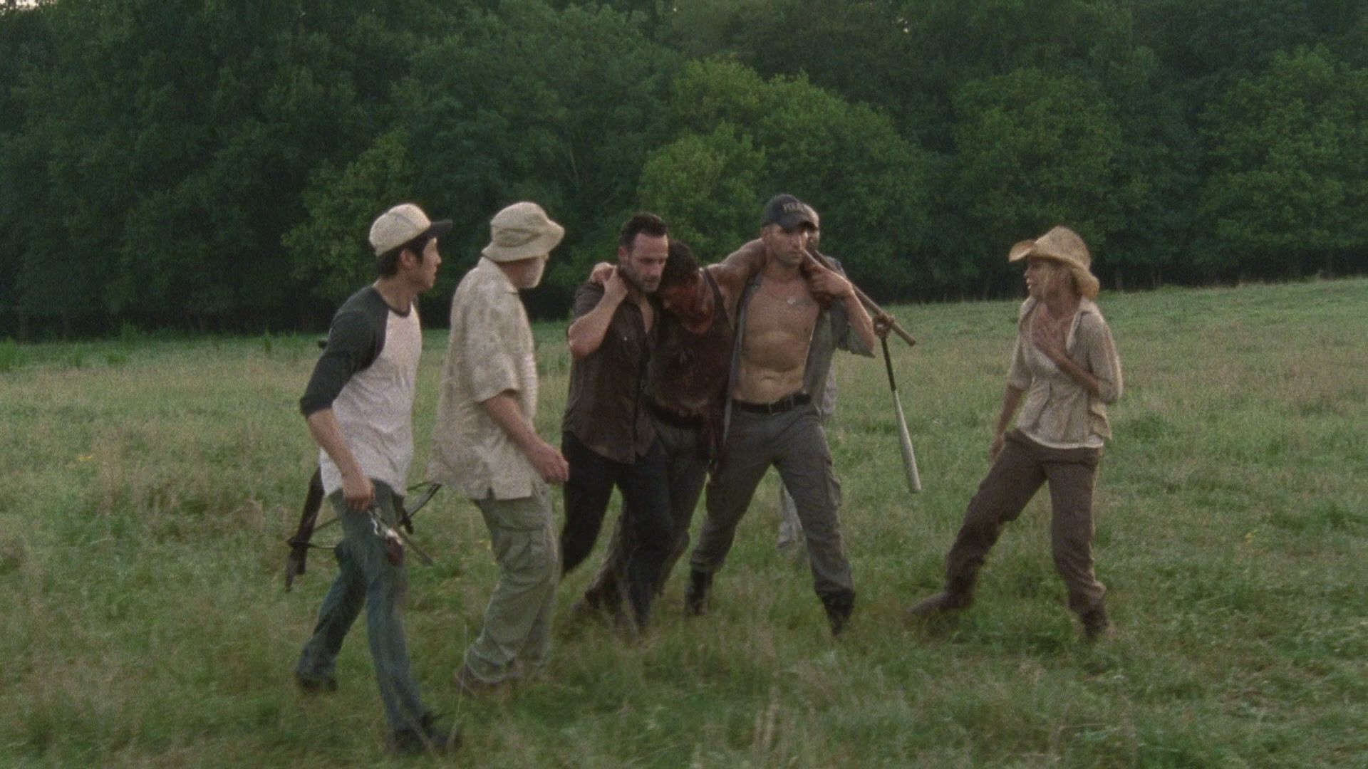 Concerned for their safety, the group makes a plan – one that Hershel disagrees with adamantly. He makes it clear the group is fine to stay for now, but not indefinitely.