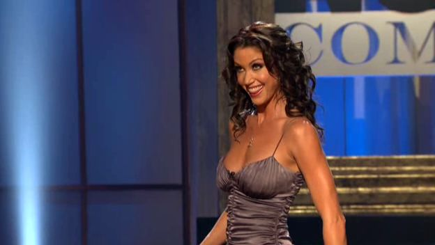 Shannon Elizabeth Wants You to See Live Nude Comedy - IGN
