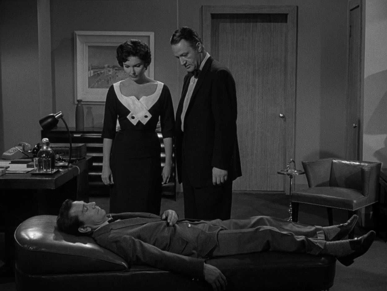 """Perchance to Dream"", Twilight Zone S01E09"