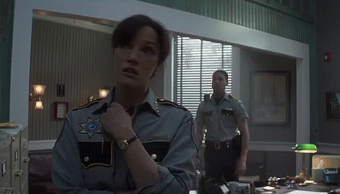 Jennifer Beals, Henderson Wade, Swamp Thing S01E06