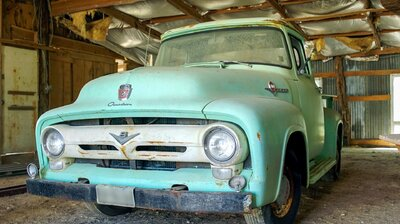 Cherrybomb '56 Ford Truck