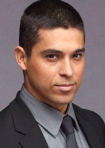 Detective Efrem Vega