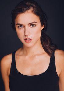 Nina Kiri