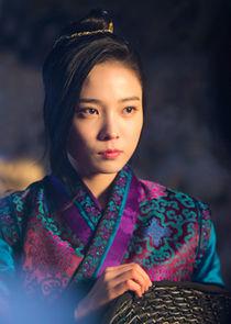 Yoon So Hee Kim Hwa Goon