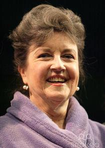 Lorraine Bayly