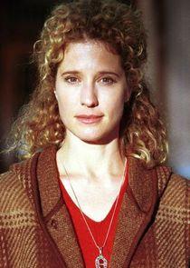 Nancy Travis Dr. Joyce Reardon