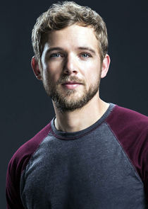 Max Thieriot Clay Spenser