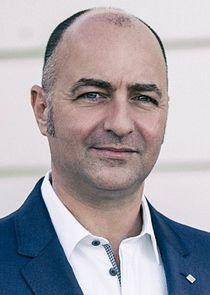 Simon Barry