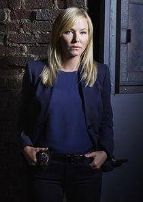 Detective Amanda Rollins
