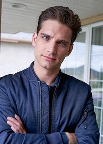 Seth Marlowe