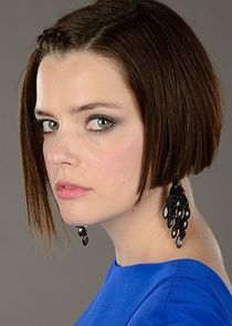 Roxane Mesquida Betty Barnowsky