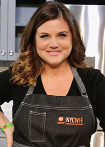 Tiffani Thiessen Host