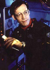Ted Raimi Lieutenant Tim O'Neill