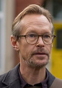Steven Mackintosh Alan Richards