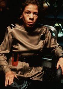 Linda Hunt Kommandantin Chennault