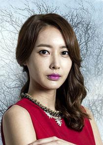 Yoon Song Hwa