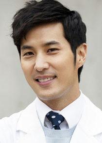 Kang Ji Woon