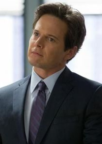 Scott Wolf Donald 'Donnie' Ryan