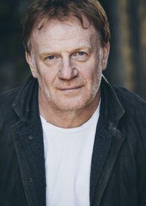 Mark Lewis Jones