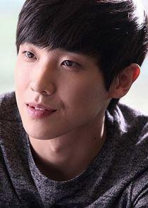 Lee Joon Ryu Tae Oh
