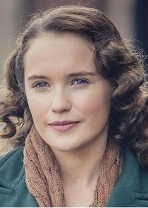 Julia Brown Lois Bennett