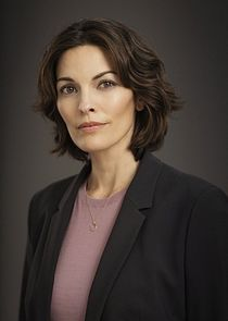 Special Agent in Charge Isobel Castile
