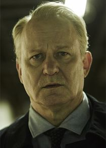 Stellan Skarsgård Detective Inspector John River