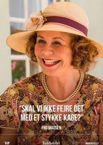 Badehotellet (TV Series 2013- ) - IMDb